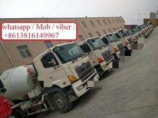HINO 700 camión hormigonera