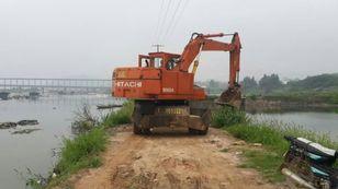 HITACHI WH04 excavadora de ruedas